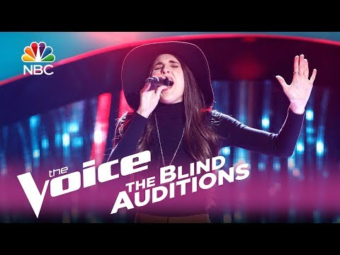 "The Voice 2017 Blind Audition - Kristi Hoopes: ""Heaven, Heartache and the Power of Love"""