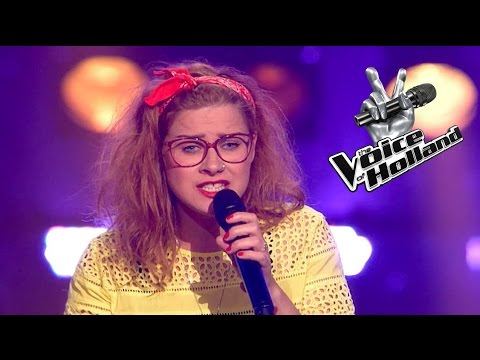Jolentha Zaat - Hold My Hand (The Blind Auditions | The voice of Holland 2015)