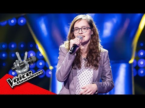 Tineke zingt 'Englishman In New York' | Blind Audition | The Voice van Vlaanderen | VTM