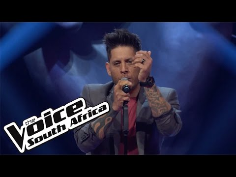 "Gavin Edwards sings ""Say Something"" 
