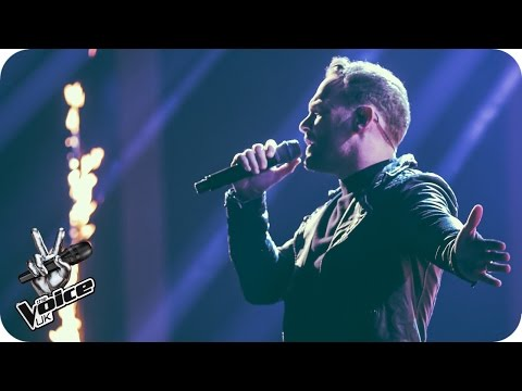 Kevin Simm performs 'Rolling In The Deep': The Live Semi Finals - The Voice UK 2016