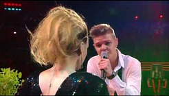 Sophie en Gilles - 'Don't you want me' | Liveshow | The Voice van Vlaanderen | VTM
