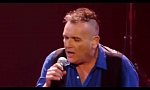 Bart en Jan zingen 'Long train runnin' | Liveshow | The Voice van Vlaanderen | VTM