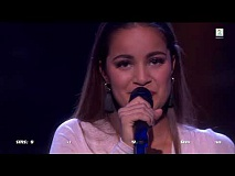Kaja Rohde - Golden Slumbers/Carry That Weight (The Voice Norge 2017)