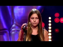 Yana De Saedeleer zingt 'Wayfaring Stranger' | Blind Audition | The Voice van Vlaanderen | VTM