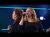 Dana vs Julie - 'Cryin'' | The Battles | The Voice van Vlaanderen | VTM