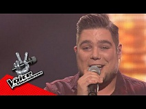 Dries ontroert met cover van Aerosmith | Liveshows | The Voice van Vlaanderen | VTM