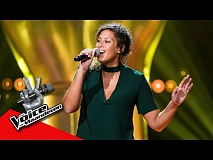 Lynn zingt 'Don't You Worry 'bout A Thing' | Blind Audition | The Voice van Vlaanderen | VTM
