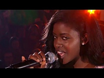 Sandra - 'We don't have to take our clothes off' | Liveshow | The Voice van Vlaanderen | VTM