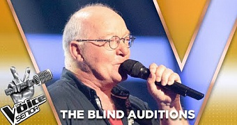 Frits Tilburgs – In The Silence | The Voice Senior 2019 | The Blind Auditions